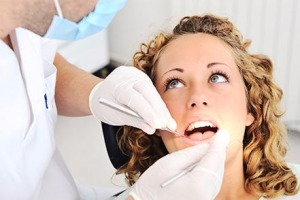 Avoid the 'fake' smile with quality dentist applied teeth whitening
